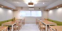 大阪梅田駅電車7分、西淀川区姫島駅徒歩2分シェアハウスリビング