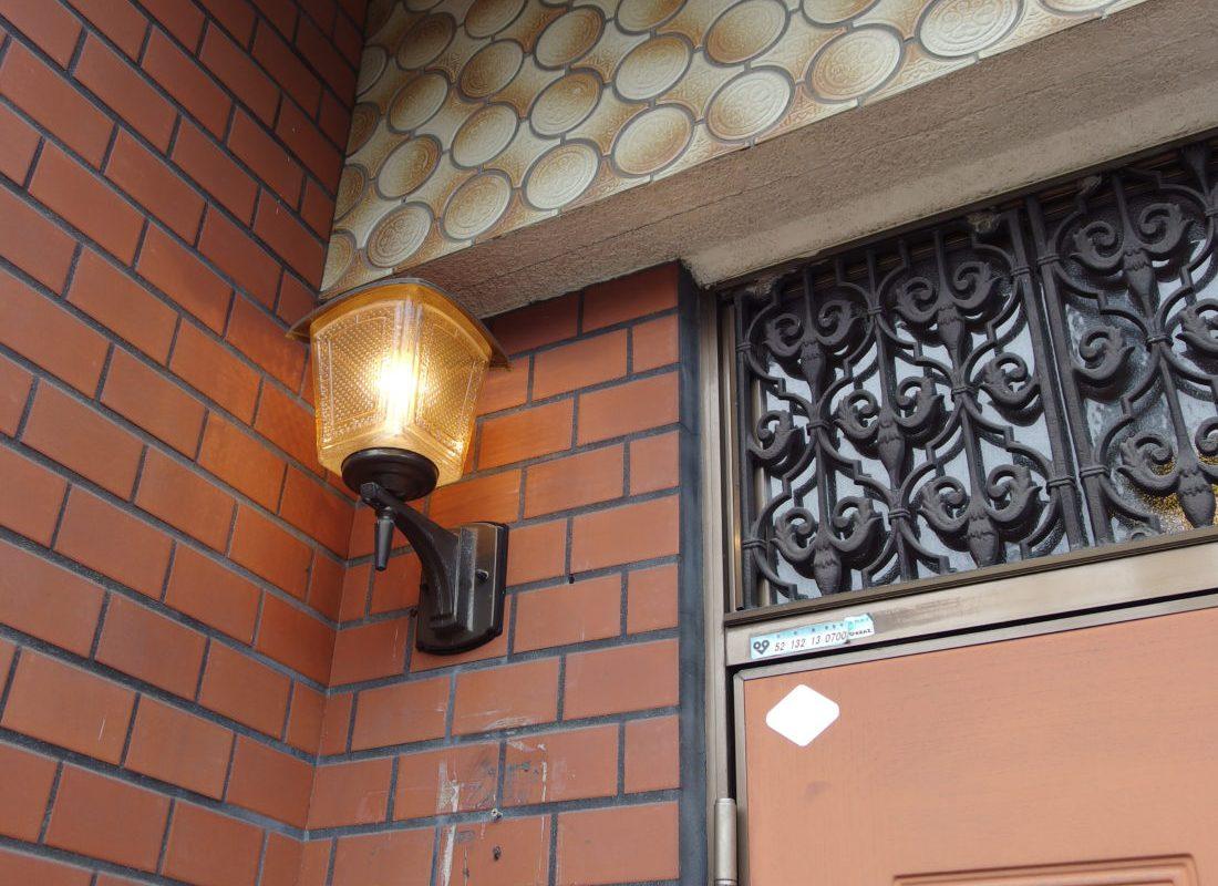住吉大社前シェアハウス玄関灯
